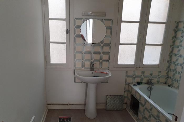 Etat-Salle-de-bain-Bordeaux-avant-rénovation